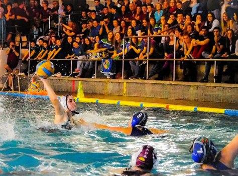 Un partit amb la graderia plena del Leioa, equip de la Primera nacional femenina